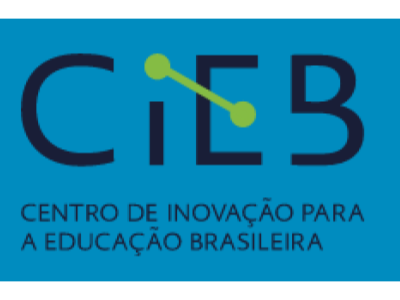 CIEB desenvolve Currículo de Referência em Tecnologia e Computação para apoiar as redes na implantação do novo Ensino Médio.