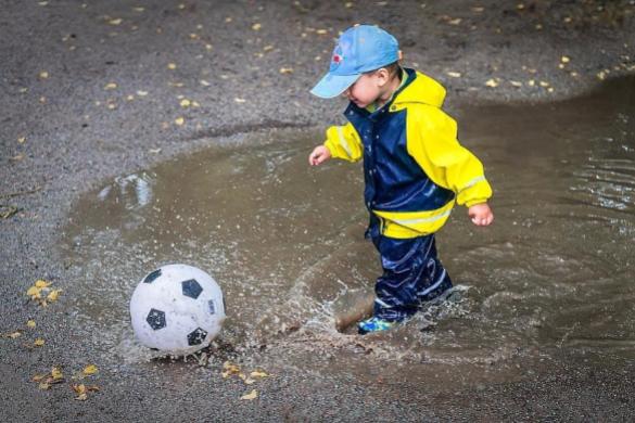 water activities for autistic kids